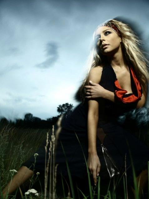 Тина Кароль собрала подряд два аншлага на своих спектаклях