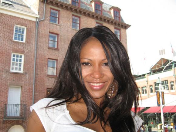 Гайтана стала писательницей