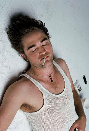 Звезда фильма «Сумерки» Роберт Пэттинсон стал параноиком. Фото